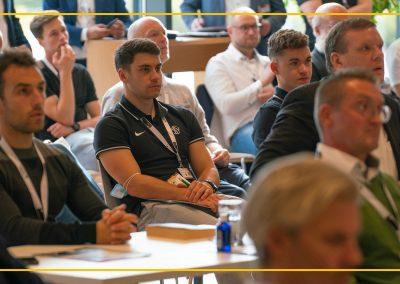Kongresstag FUSSBALL KONGRESS Deutschland 2021 in Regensburg